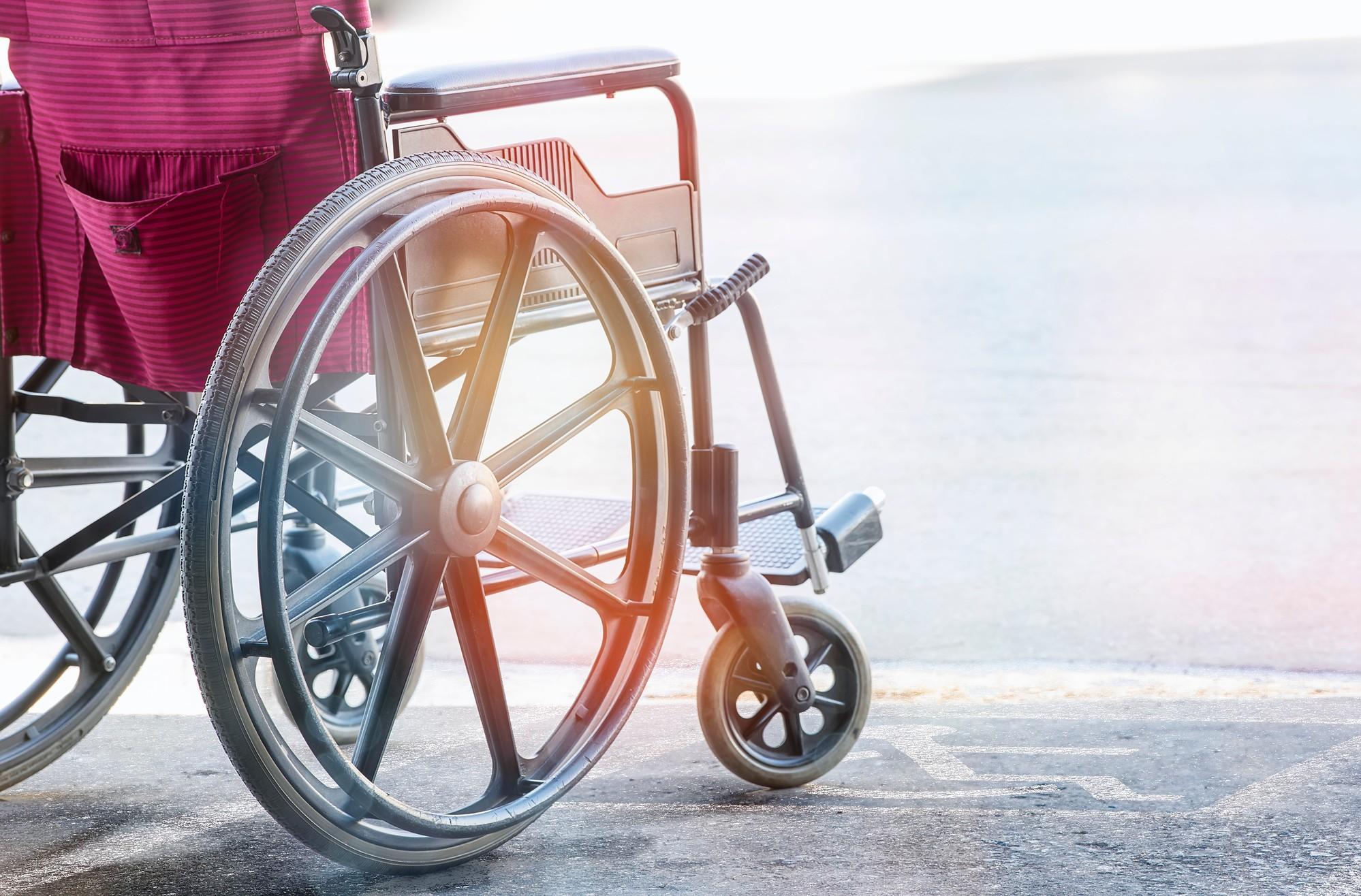 Quel revêtement de sol favoriser pour une accessibilité handicapée ?